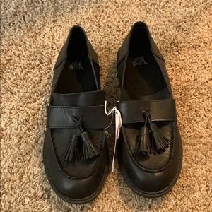 Nwt Wild Fable tassel black Mallory shoes